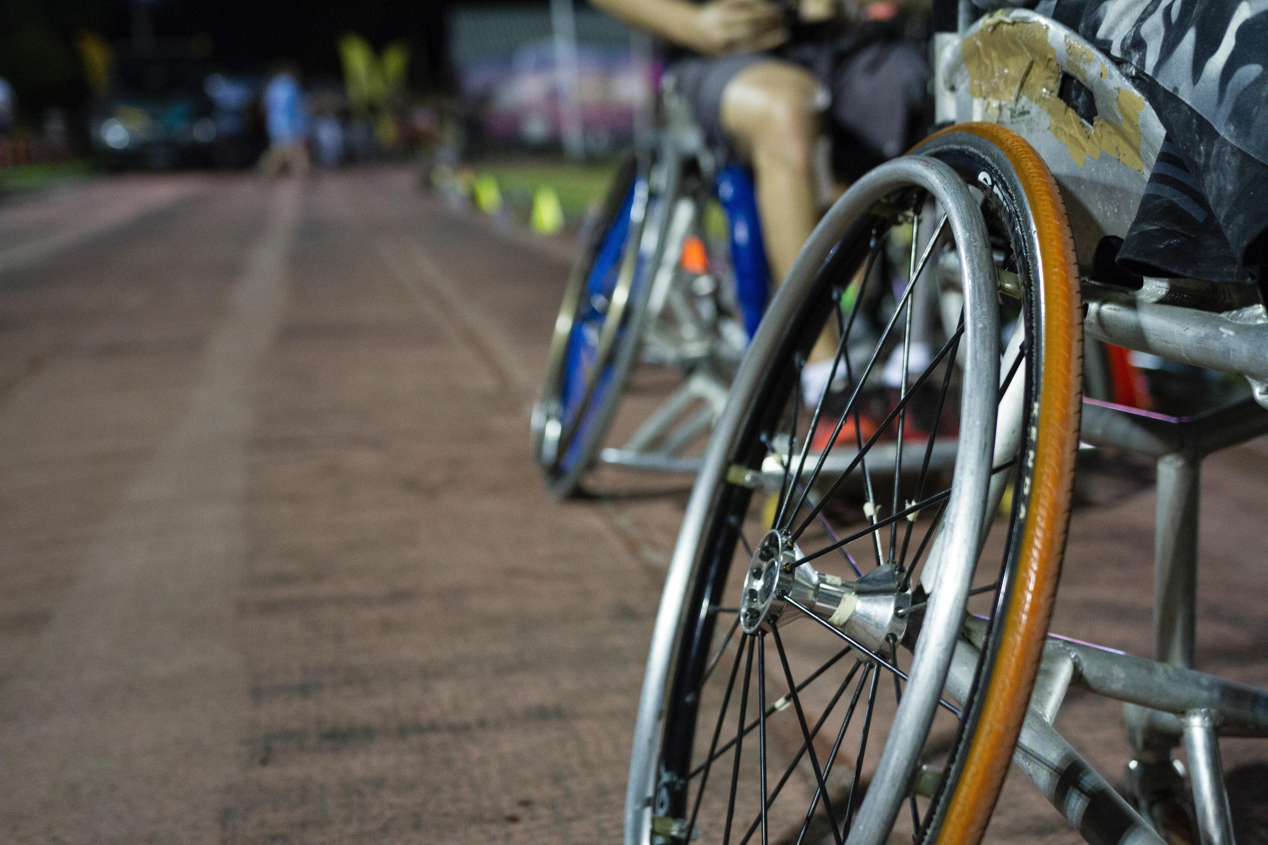 Wie bewegen Sie sich als Rollstuhlfahrer während der Corona-Zeit?